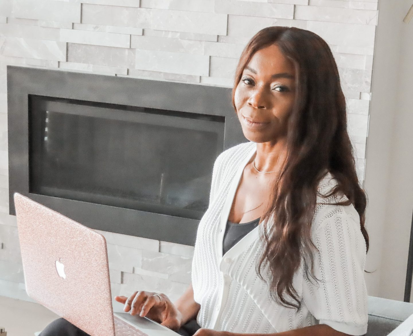 Become A Successful Influencer With Help From The LadyBossBlogger Course